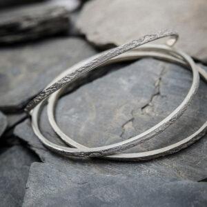 Bracelet-Caillou-artisan-createur-bijoutier-joaillier-bijou-grenoble-seyssins-isere-creation-bracelet-or-argent